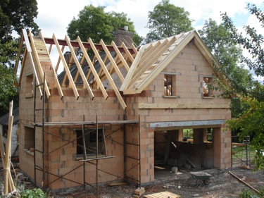 Fitting a cut roof
